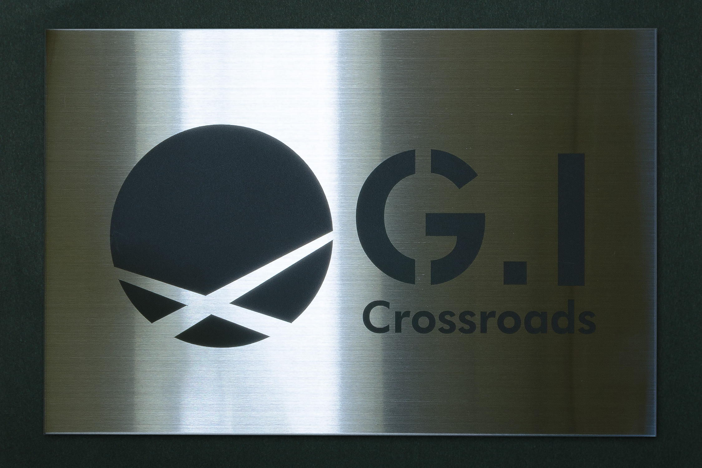 sign_g.i-crossroads_2